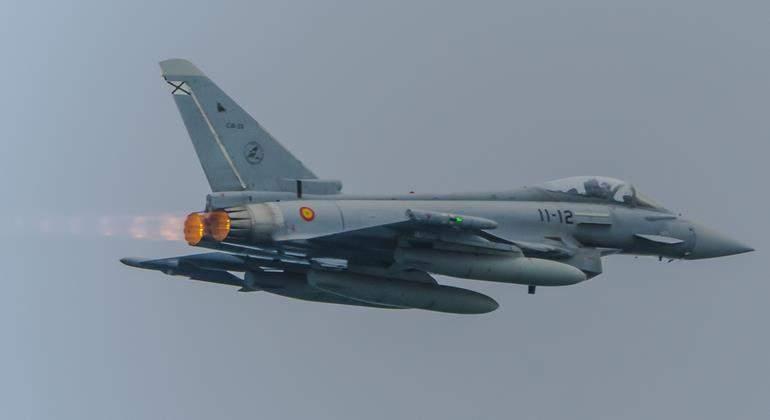 eurofighter-spain-770-dreamstime.jpg