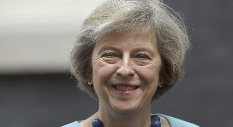 Theresa May gana apoyos para suceder a David Cameron