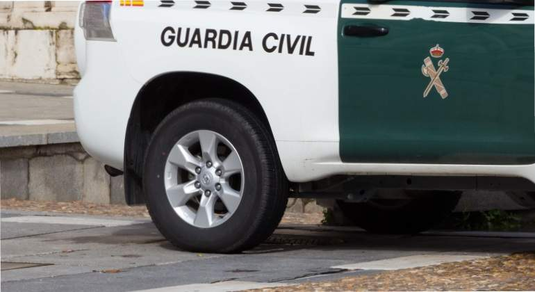 coche-guardia-civil-dreamstime.jpg