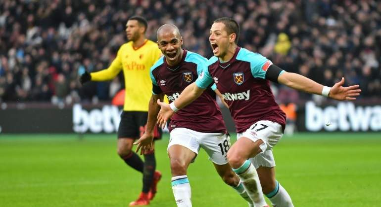 Chicharito-Twitter-WEST-HAM.jpg