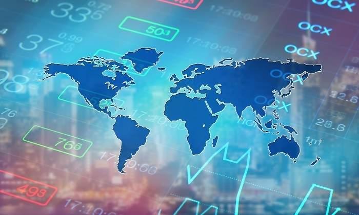 El FMI recorta sus previsiones de crecimiento mundial al 3,7% y alerta de que se avecinan tormentas
