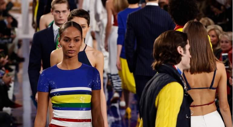 La modelo de origen afroamericano Joan Smalls, en un desfile.