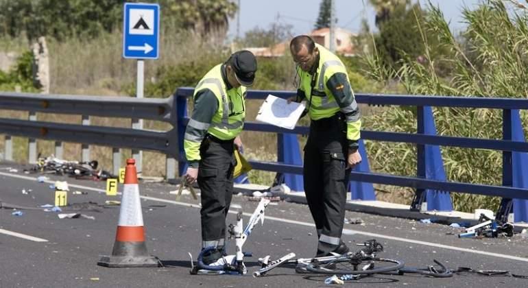 guardia-civil-accidente-oliva-ciclistas-efe.jpg