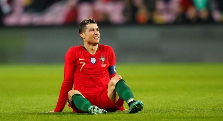 CR7-reclama-cesped-Portugal-2018-Reuters.jpg