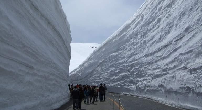 muro-nieve-japon-wikipedia.jpg