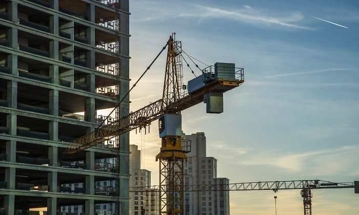 Funcas rebaja su previsión de inversión en vivienda para este año y el siguiente