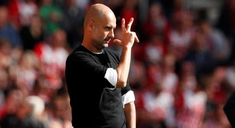 Guardiola renueva con el Mánchester City hasta 2021