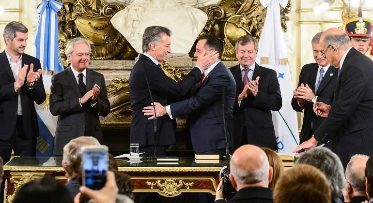 MacriMinistrosJura770.jpg