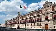 bandera-palacio-nacional-mexico.jpg