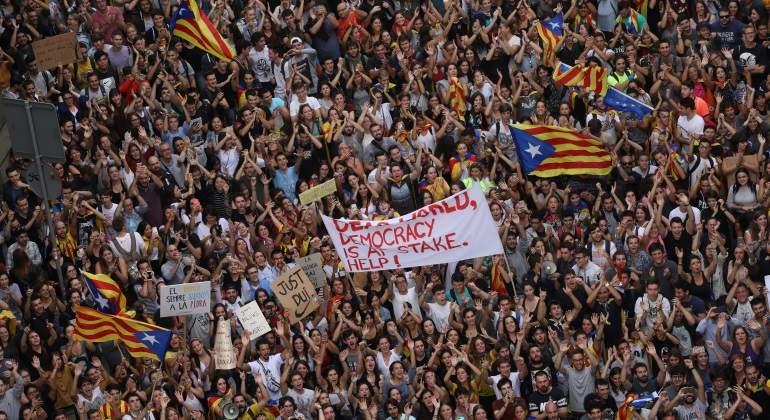 EN DIRECTO | Huelga general en Cataluña tras el referéndum ...