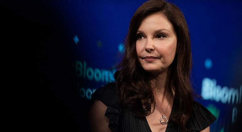 ashley-judd-bloomberg.jpg