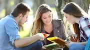 estudiantes-de-lectura-en-grupo.jpg