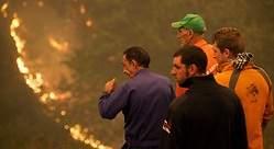 Galicia arde pero con menos riesgo para la población