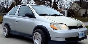 Las ruedas que permiten desplazar el coche lateralmente