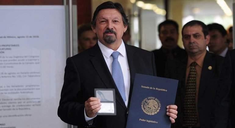 Abro la puerta a la reconciliación, dice Napoleón Gómez Urrutia