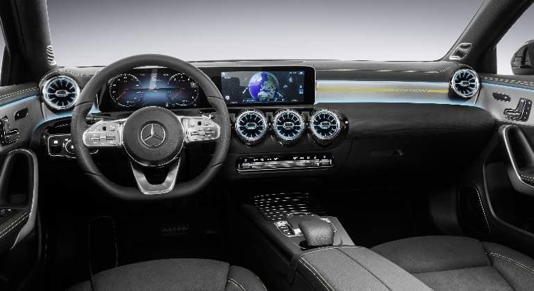 mercedes-clase-a-interior-2018-01.jpg