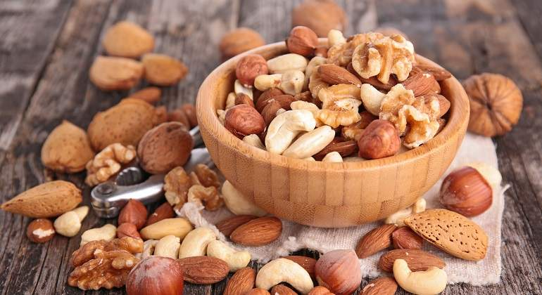Image result for almendras y nueces
