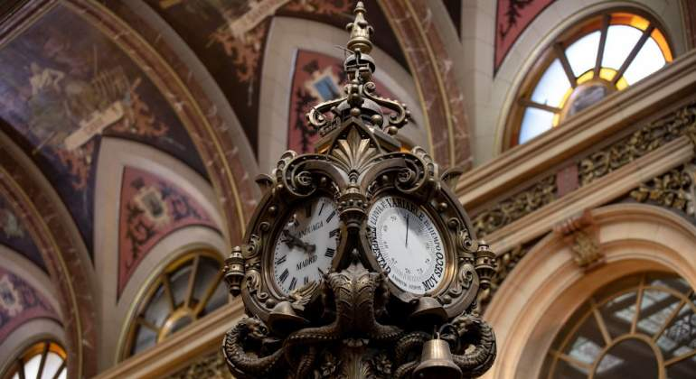 reloj-interior-bolsa-madrid-getty-770x420.jpg
