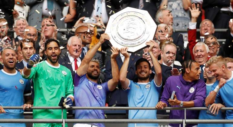 manchester-city-celebra-community-shield-reuters.jpg
