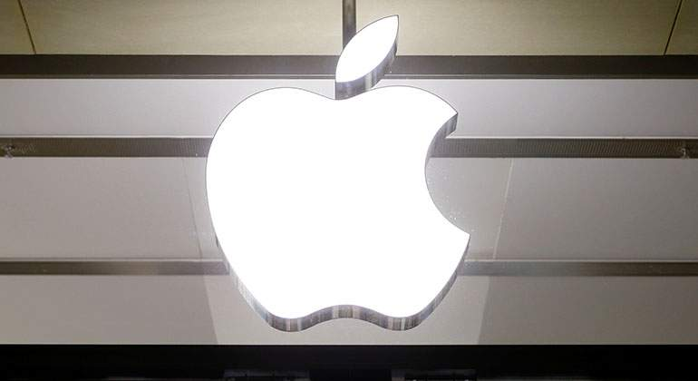 apple-logo-reuters.jpg