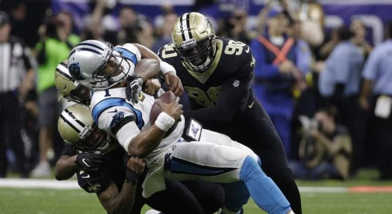 Saints barren a los Panthers para avanzar a la Ronda Divisional