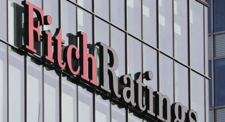 Fitch-Reuters.jpg