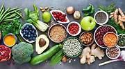 Cinco alimentos ricos en vitaminas que te ayudarán a fortalecer tu sistema inmunológico