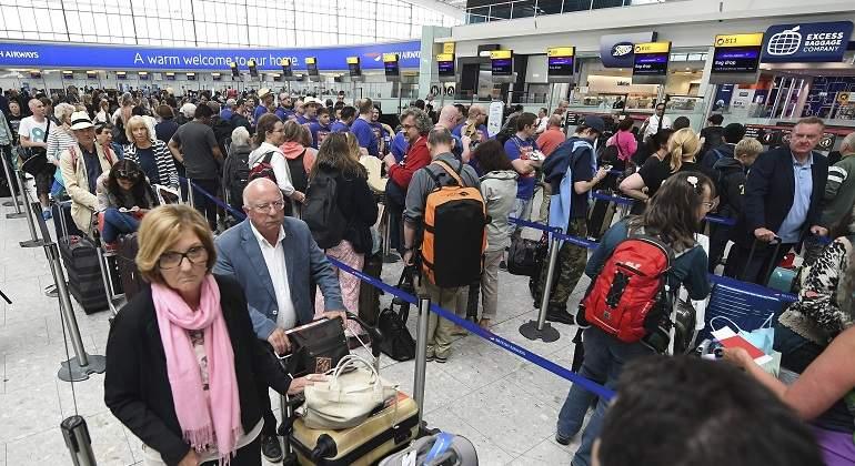 Las huelgas en la red de aeropuertos amenazan con retrasar miles de vuelos