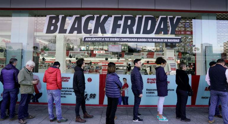 black-friday-cola.jpg