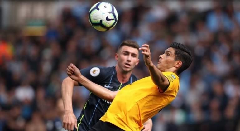 Raul-Jimenez-y-el-Wolvehamton-empatan-ante-el-Manchester-City-Reuters.jpg