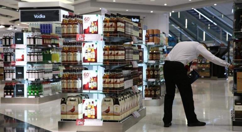 Free-Shop-Reuters.jpg