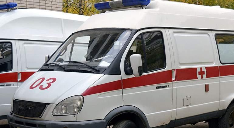 ¿Cómo actuar correctamente cuando vemos una ambulancia en el retrovisor?