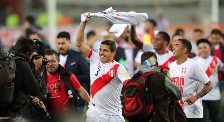 Peru-festeja-pase-Mundial-Nueva-Zelanda-2017.jpg