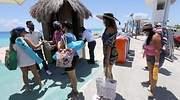 turistas-cancun-quintana-roo.jpg