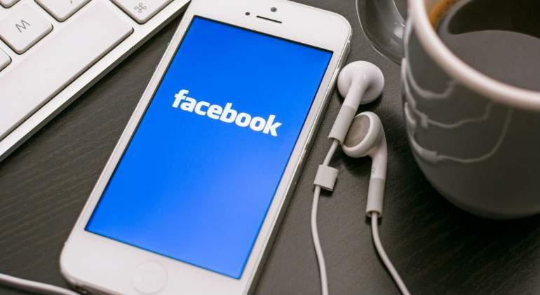 Otro más, Facebook se anota acuerdo con Sony