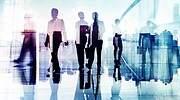 personas-trabajadores-reflejo-oficinas-dreamstime.jpg