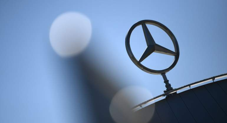 mercedes-benz-reuters.jpg