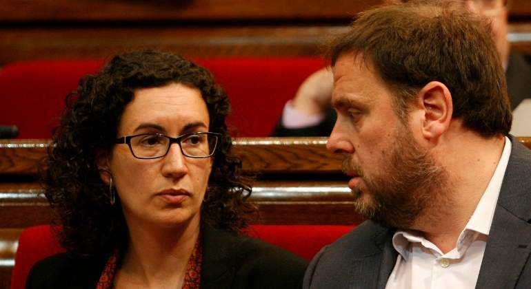 rovira-junqueras-parlament-luis-moreno.jpg