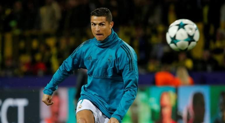 dac62cf53a09a El Real Madrid se planta ante Cristiano  no le convertirá en el jugador  mejor pagado