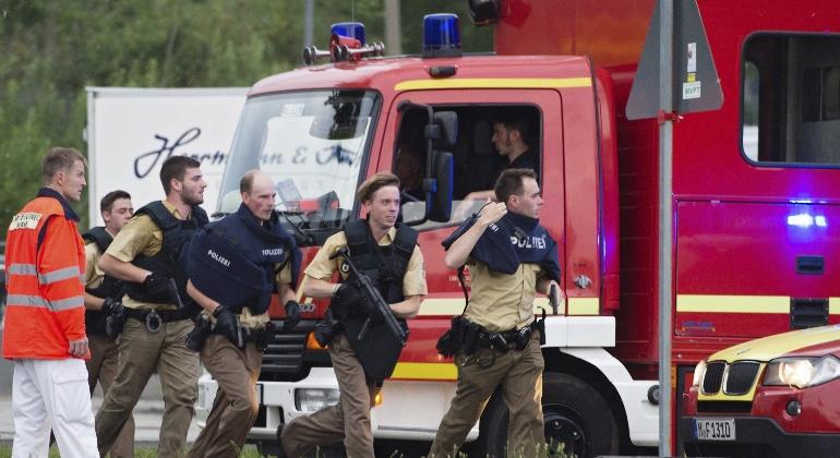 munich-policias-corriendo-770x420-efe.jpg