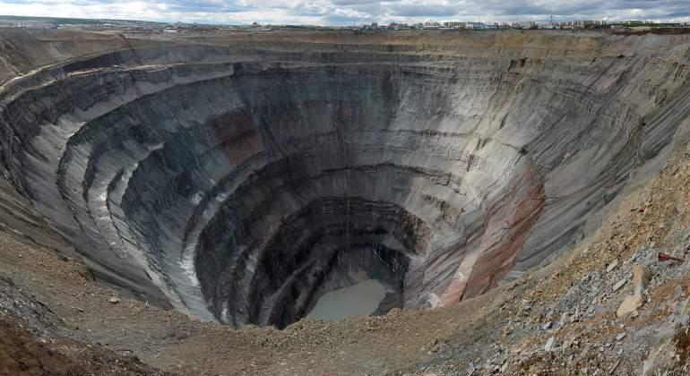 mina-diamantes-siberia-wikipedia.jpg