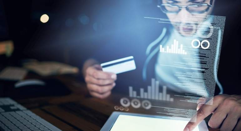 hacker-tarjeta-credito-ciberseguridad-getty.jpg