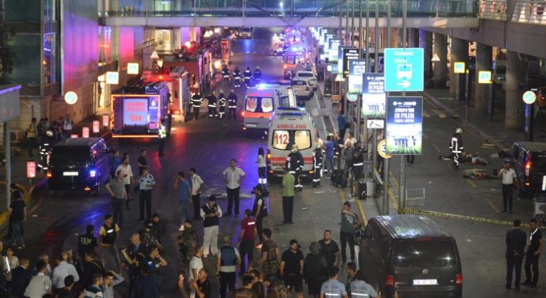 atentado-aeropuerto-estambul-efe.jpg