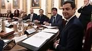 moreno-primer-consejo-gobierno-andalucia-efe.jpg