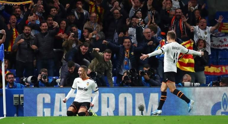 El Valencia resurge en la Champions con una trabajada victoria sobre el Chelsea