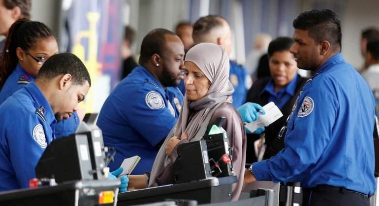 jfk-control-mujer-velo-aeropuerto-vuelo.nueva-york-reuters.jpg