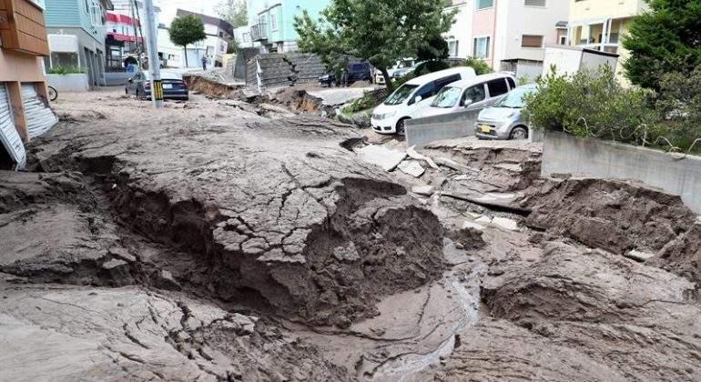 japon-terremoto-sapporo.jpg