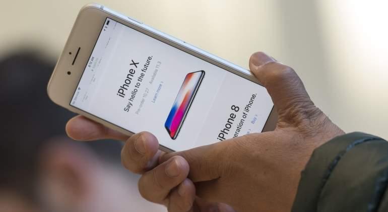 2b8a8eddb72 El frenazo en la producción del nuevo iPhone X hunde en bolsa a los ...