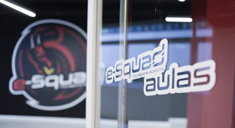 academia-squad-770.jpg
