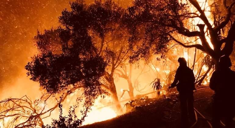 california-fuego-dic2017-reuters.jpg